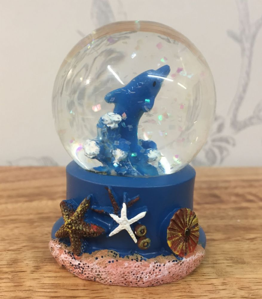 Dolphin Sealife Snow Globe Glitter Ball